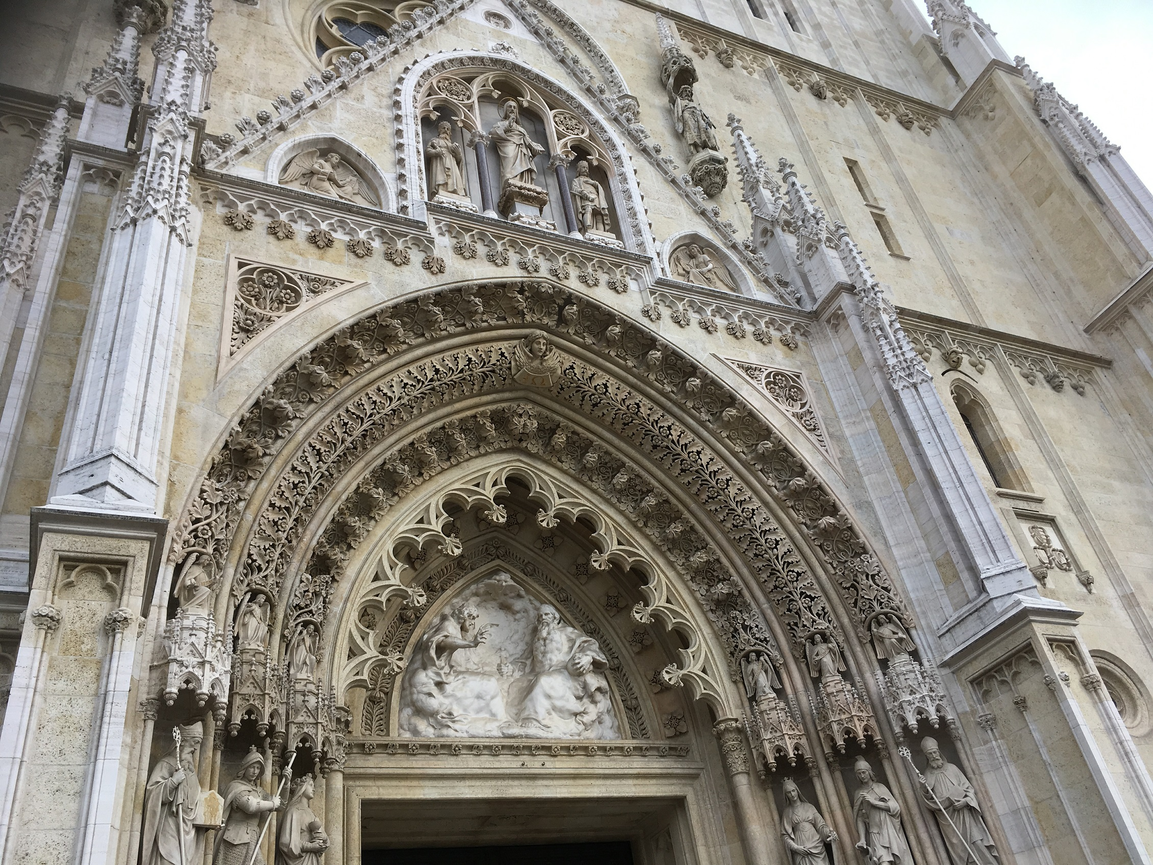zagreb cathedral gate